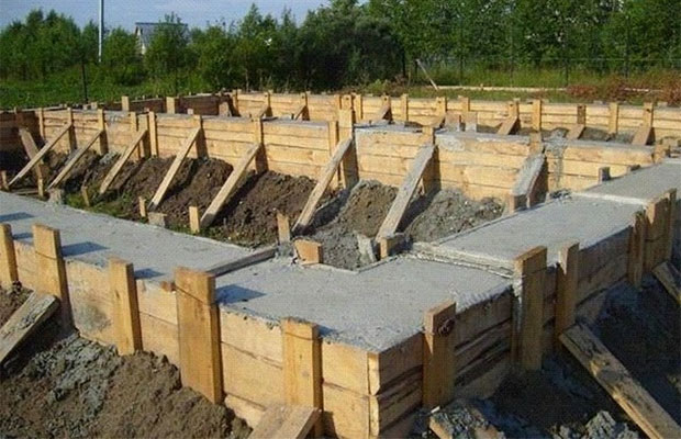 В жаркую погоду бетон может схватиться за10-15 минут