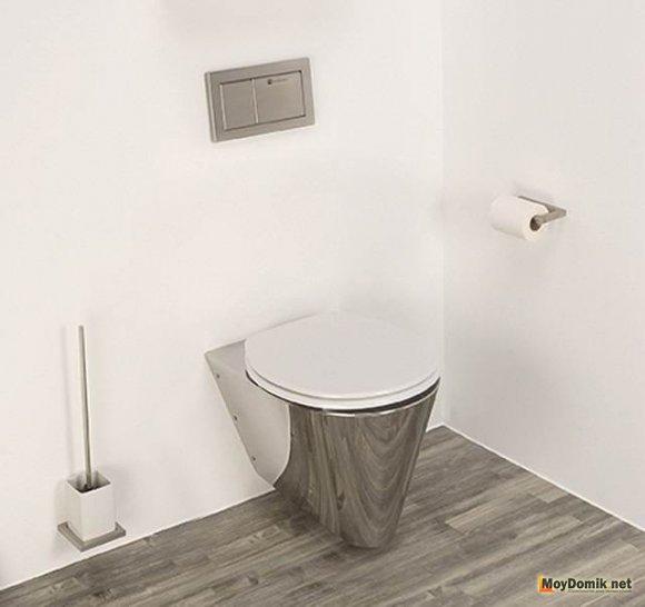 Туалет небольшого размера