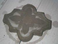 Извлеченная из формы плитка