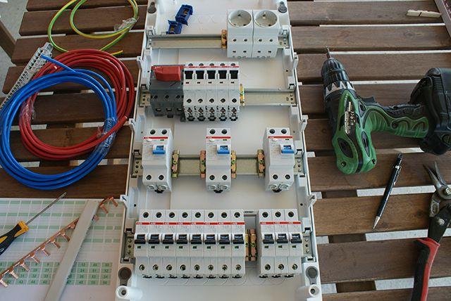 Электрощиты, собранные на модульном оборудовании одного производителя , смотрятся очень гармонично