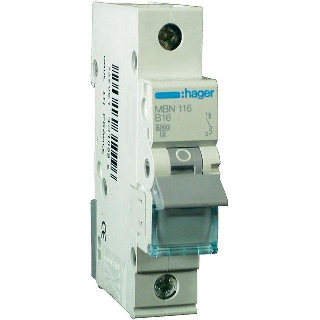 Автоматическими выключателями на 16 А защищаются все розеточные линии