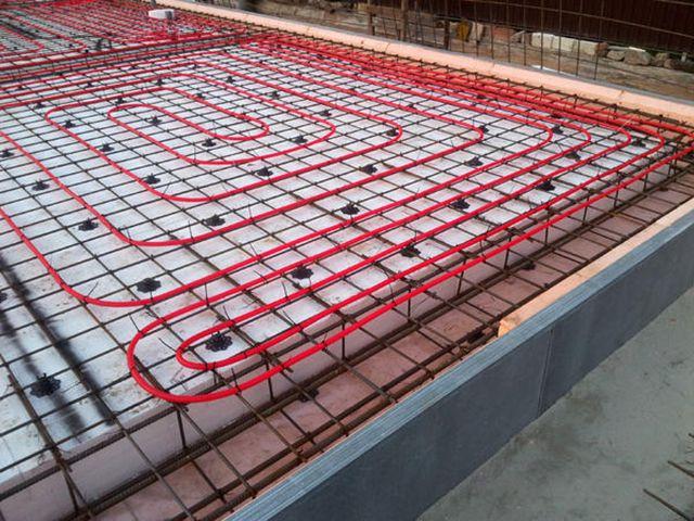 Самый правильный трубопровод теплого пола - это тот, который проложен еще на этапе строительства дома