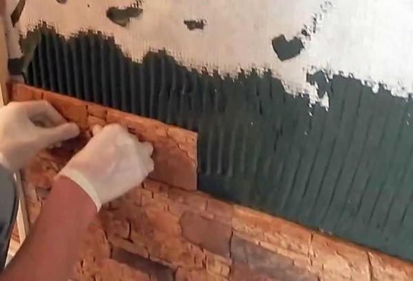 Вторая технология укладки декоративного камня на стену