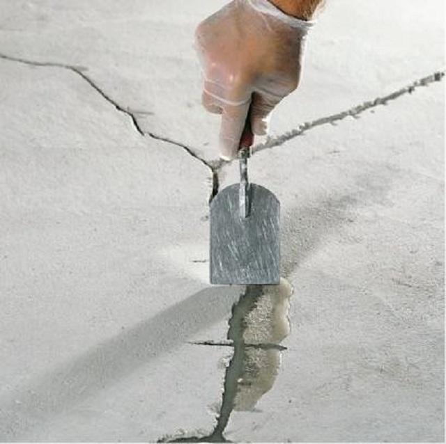 Ремонт трещин в бетонных полах.