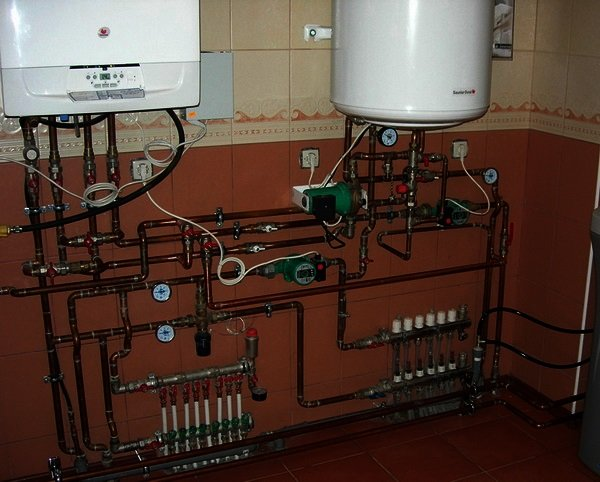 Обвязка водонагревателя настенного типа
