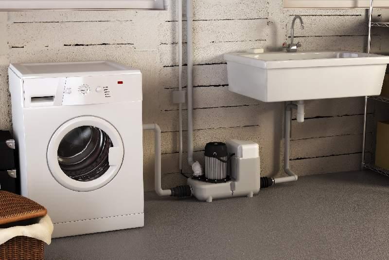 Принудительная канализация может быть необходима при переносе умывальника и при подключении к сливу большого количества устройств