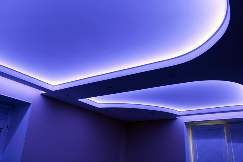 Светодиодные ленты для подсветки потолка