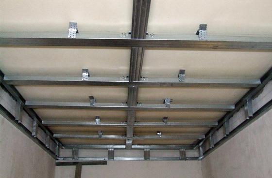 Сооружение обрешетки для стен и потолка