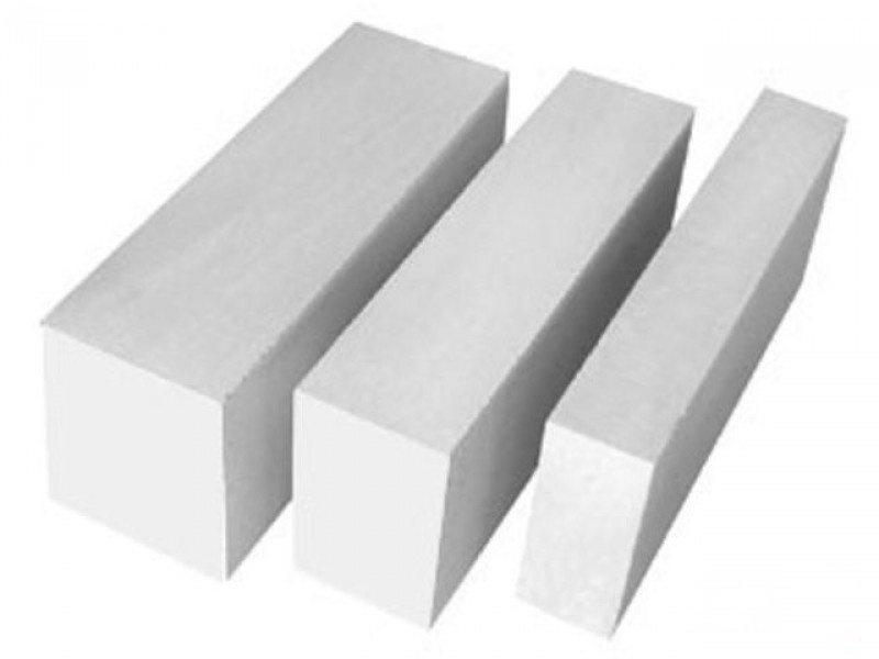 На фото – применяемые в частном строительстве пеноблоки.