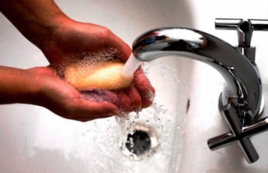 Как и чем отмыть монтажную пену с рук?