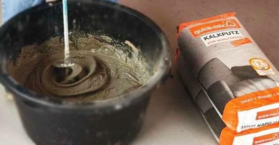 Приготовление цементной штукатурки из сухой смеси