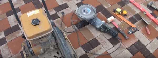 Набор инструмента для тротуарной плитки