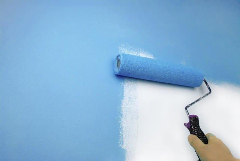 как красить велюровым валиком стены
