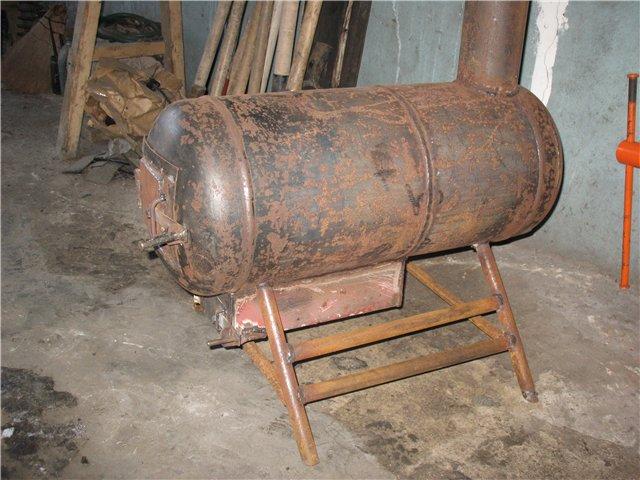Фото 10 Печь-буржуйка из использованного газового баллона