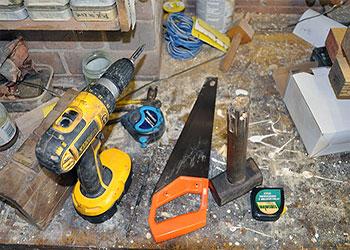 Инструменты для монтажа стропильной системы двухскатной крыши