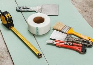 Инструменты и материалы для шпаклёвки гипсокартона своими руками
