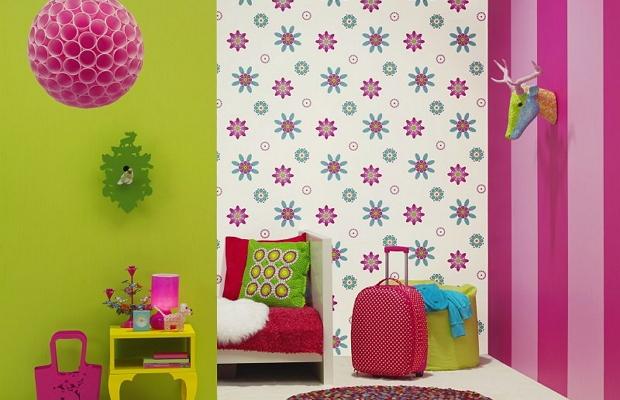 Комбинирование обоев – это возможность отразить вкусы хозяев и сделать комнату индивидуальной