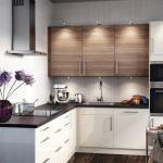кухонный гарнитур бело коричневый