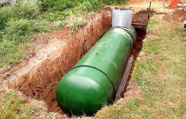 Газгольдер — это вместительный подземный резервуар, предназначенный для хранения запасов сжиженного газа.