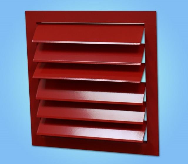 Металлический обратный клапан-жалюзи – хорошо подойдёт для установки на стене дома снаружи, в точке выходя вытяжного канала.