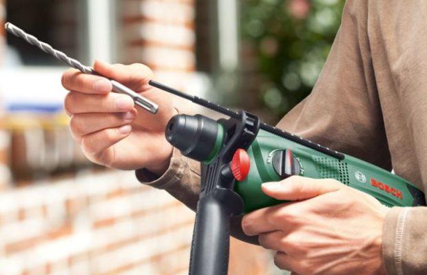 В перфораторах используется преимущественно универсальный патрон – под сверло и под ударный инструмент