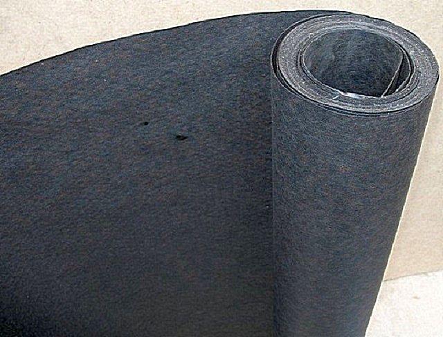 Многие застройщики, несмотря на широкий выбор современных мембран, предпочитают для гидроизоляционного слоя применять пергамин