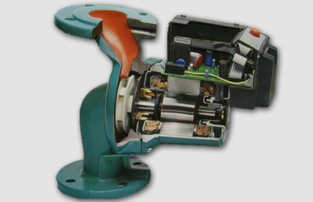 Основным достоинством центробежного насоса с мокрым ротором является небольшой вес и компактные размеры