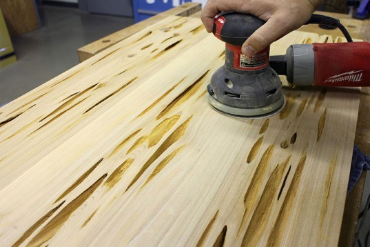 подготовка стола до заливки смолой