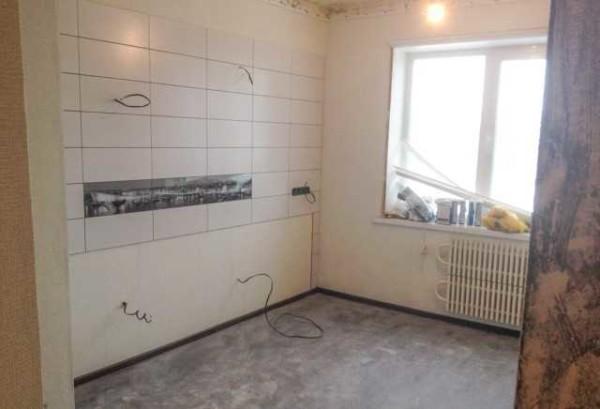 Стены выровнены, оштукатурены, готовы под установку натяжного потолка