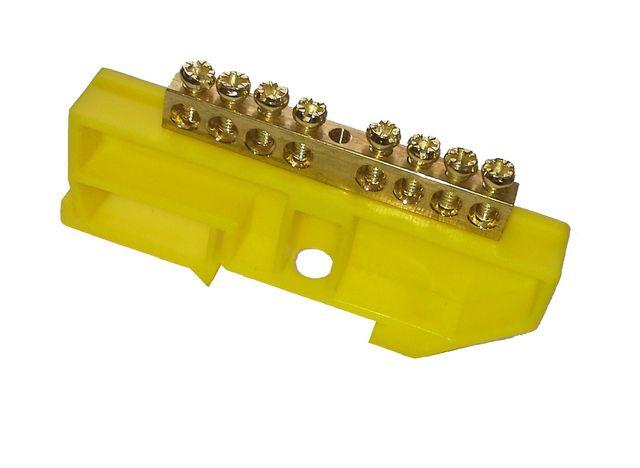 Шина заземления (защитного нуля) обычно имеет желтый или зеленый цвет
