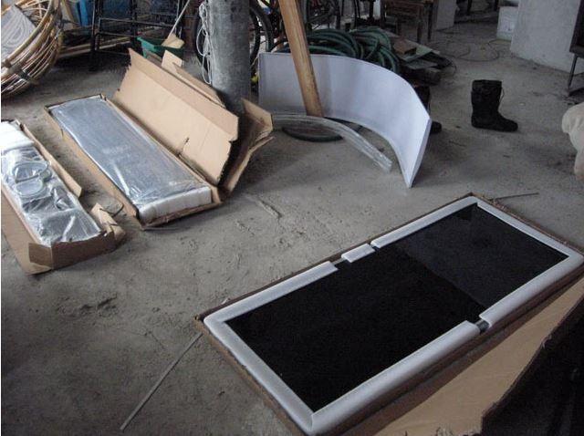 Открываем упаковку, еще раз проверяем целостность деталей и укомплектованность набора