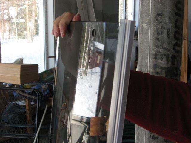 Подготовка стеклянных раздвижных створок к навеске