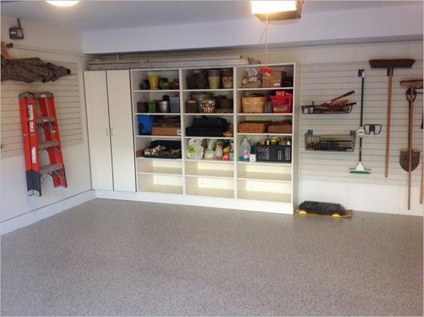 Шкаф-стеллаж в гараже