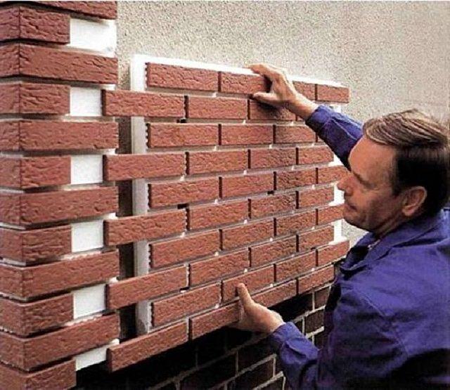 С монтажом фасадных термопанелей должен справиться любой хороший хозяин дома