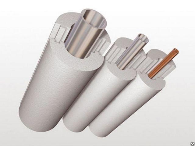 Пенопластовая «скорлупа» для утепления труб. Хорошо видны пазо-гребневые замки, обеспечивающие надёжное бесшовное соединение деталей.