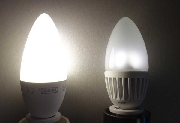 Чтобы выбрать светодиодную лампу для подключения с диммером, ищите предел диммирования в характеристиках