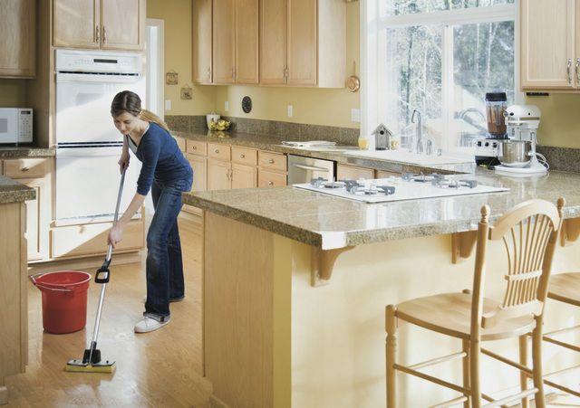 Регулярная уборка кухни не должна вызывать никаких трудностей