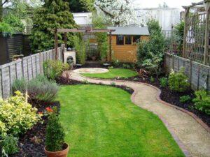 Идеи по организации и озеленению узкого двора